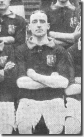 Jimmy Thorpe in a Leeds City team group in 1907