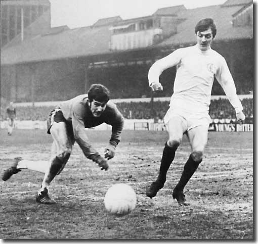 Allan Clarke and Chelsea keeper Tommy Hughes battle for the ball at Stamford Bridge on 27 March - Leeds lost 3-1 to seriously damage their title aspirations