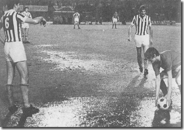 This picture of Allan Clarke retrieving the ball in the abortive Fairs Cup final first leg against Juventus clearly shows the appalling state of the pitch