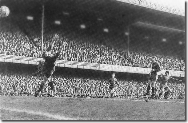 Peter Lorimer fires the winner past Derby keeper Colin Boulton
