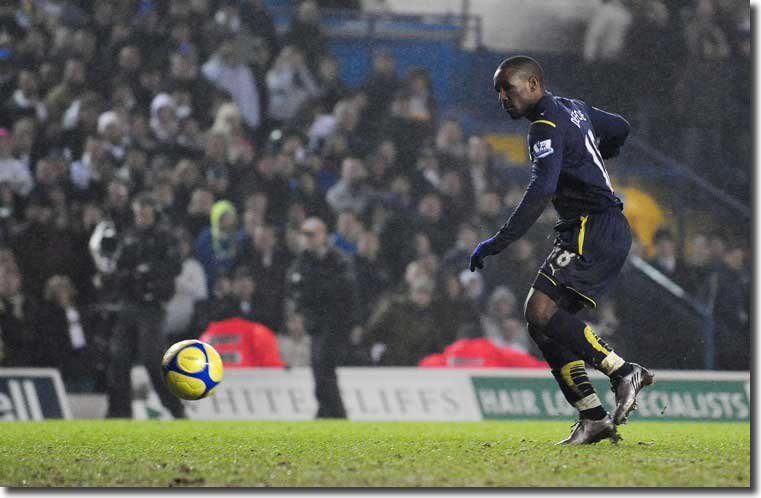 Defoe completes his hat trick in injury time
