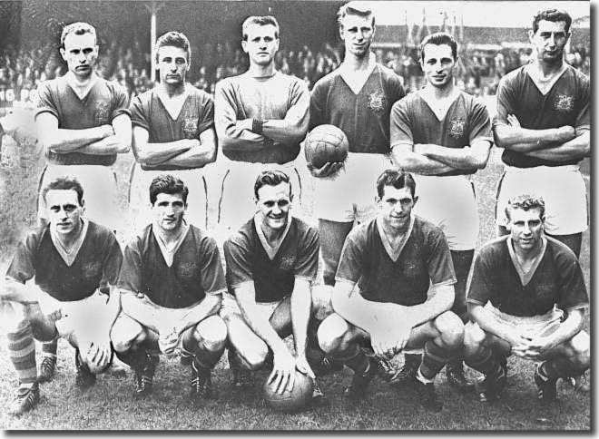 Taylor's 1960 side - Back: Ashall, Cameron, Humphreys, Charlton, Hair, Goodwin. Front: Murray, Peyton, Revie, McCole, Grainger