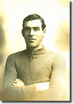 Scott during his Everton days
