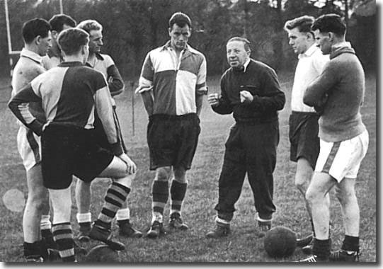 John Charles is in the centre with Welsh manager Jimmy Murphy and the rest of the Welsh squad