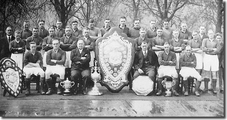 Herbert Chapman (seated front) with his 1931 Arsenal League Champions