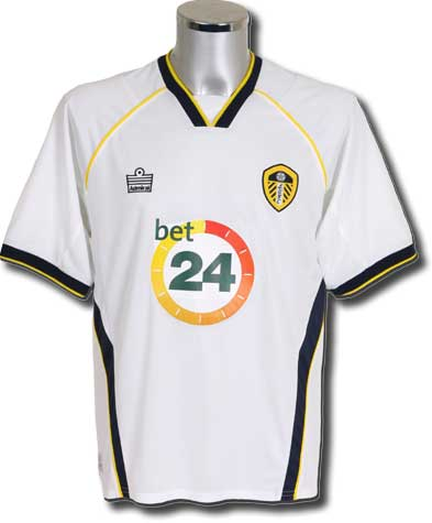 The Bet24 sponsored United shirt for 2006/07