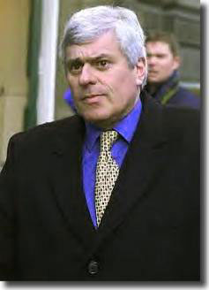 Chairman Peter Ridsdale announced dire financial results in the spring of 2002